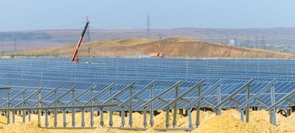 крупнейшая СЭС России мощность  25 МВт