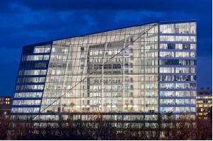 Амстердам  переход от ископаемых видов топлива