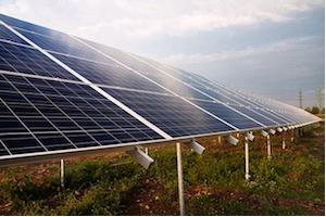 солнечная энергия становится дешевле