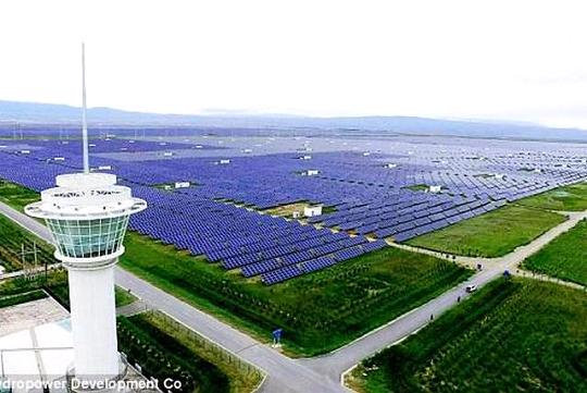 самый большой на планете солнечный парк