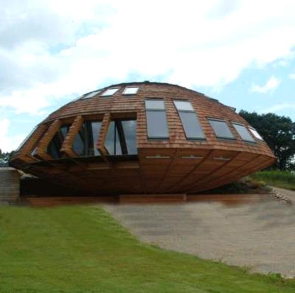 эко-дом в форме НЛО